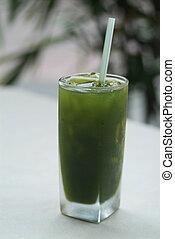Herbal drink, hydrocotyle juice (Hydrocotyle leucocephala)