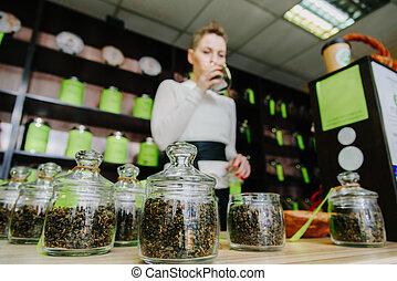 herbata, kantor, zapachy, sprzedawca