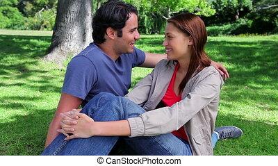 herbe, couple, séance, heureux