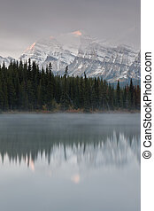 Herbert Lake, Canada