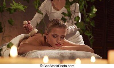 herbier, spa, corps, balle, style de vie, jeune, obtient, concept., femme saine, beau, massez thérapie, salon., soin