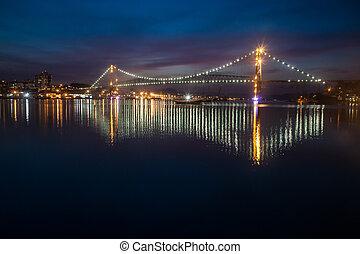 Hercilio Luz Bridge at Night