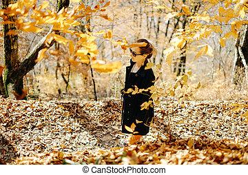 herfst, wandelende, vrouw, park.