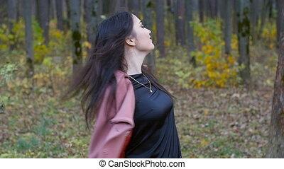 herfst, wandelende, vrouw, park