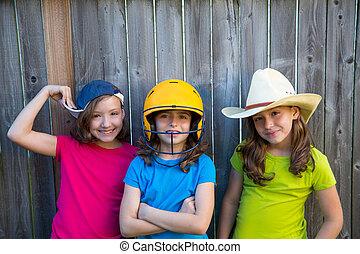 hermana, y, amigos, deporte, niño, niñas, retrato, sonreír...