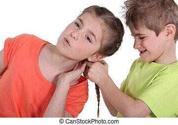 hermano y hermana, discusión