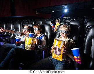hermanos, teniendo, bocados, en, 3d, cine