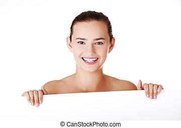 hermoso, adolescente, grande, atrás, blanco, cartelera, niña
