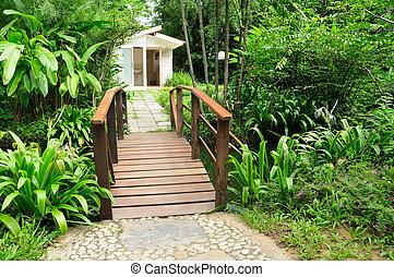 hermoso, casa, yarda, y, de madera, puentes
