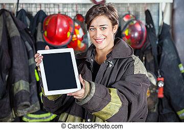 hermoso, firewoman, tableta, fuego, actuación, estación, ...