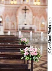 hermoso, flor, boda, decoración, en, un, iglesia