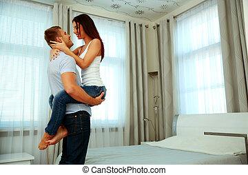 hermoso, hogar, pareja, apasionado, abrazo
