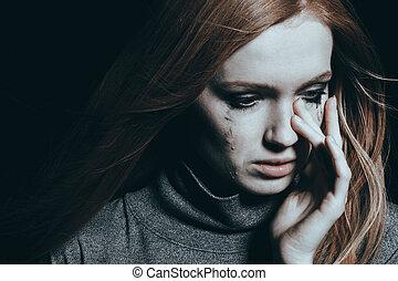hermoso, lágrimas, mujer, cubierta