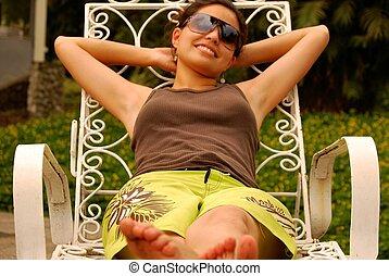 hermoso, mujer hispana, relajante