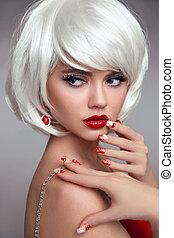 hermoso, nails., foto, labios, rubio, niña, style., sensual, rubio, ojo, navidad blanca, rojo, mujer, hairstyle., maquillaje, primer plano, cortocircuito, shadow., manicured, estudio, mover, portrait., navidad, moda