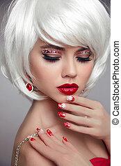 hermoso, nails., makeup., labios, rubio, rubio, style., sensual, ojo, make-up., blanco, shadow., rojo, jewelry., mujer, hairstyle., primer plano, cortocircuito, navidad, manicured, portrait., mover, navidad, moda