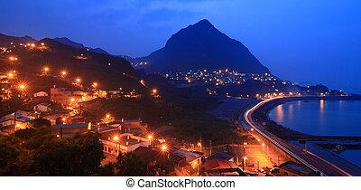 hermoso, noche, escenas, con, luz, montaña, y, mar
