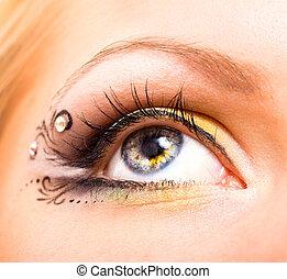 hermoso, ojo, con, maquillaje