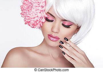 hermoso, perfecto, mujer, hembra, lila, belleza, face., maquillaje, plano de fondo, aislado, manicured, flower., ella, fresco, rubio, balneario, skin., retrato, blanco, conmovedor, nails.