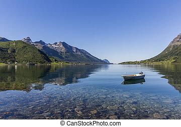 hermoso, reflexión, de, montañas, en, noruega