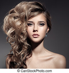 hermoso, rizado, pelo largo, rubio, woman.