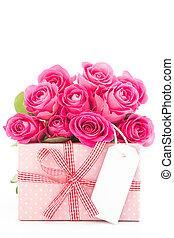 hermoso, rosa, regalo, ramo, arriba, luego, rosas, plano de fondo, blanco, cierre, blanco, tarjeta