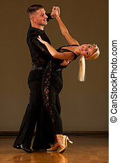 hermoso, salón de baile, preforms, pareja, su, exposición, baile