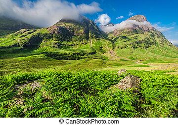 hermoso, salida del sol, encima, el, montañas, en, glencoe, escocia