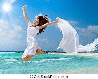 hermoso, saltar, niña, playa, blanco, bufanda