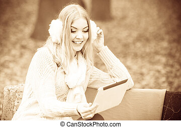 hermoso, tablet., mujer, digital