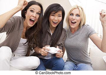 hermoso, vídeo, tres, juegos, hogar, amigos, juego, mujeres