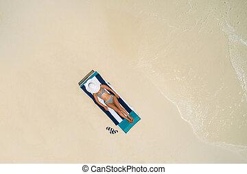 hermoso, verano, mujer, aéreo, sol, maldives., playa, cima,...