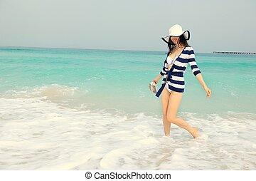 hermoso, verano, mujer, vacaciones, el gozar, feliz