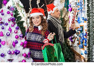 herre och kvinna, inköp, in, jul, lager