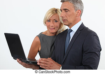 herre och kvinna, med, dator