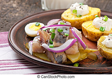 Herring salad with onions