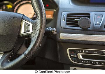 herskabelig, automobilen, interior., instrumentbræt, og, styre hjul, ind, sort, gråne, color., transport, konstruktion, moderne teknologi, concept.
