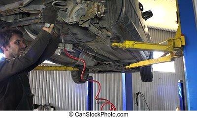 herstelling, pneumatisch, auto, werktuig, garage., zijn, moersleutel, werktuigkundige, verticaal