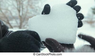 herz, frau, winter, hände, schnee, ans, mann