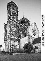 Herz-Jesu Church in Aachen, Germany in black and white -...