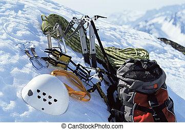 het beklimmen van de berg, uitrusting, in, sneeuw