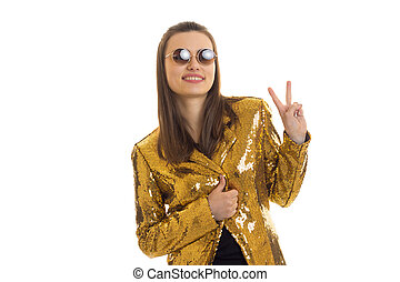 het charmeren, elegantie, meisje, in, gouden, jas, en, zonnebrillen