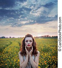 het charmeren, vrouw, tussen, wild-flowers, velden