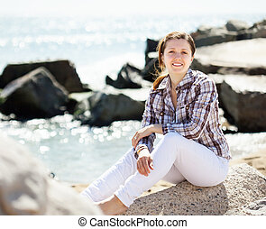 het genieten van, steen, vrouw, zee
