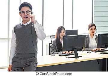 het glimlachen, calldesk, team