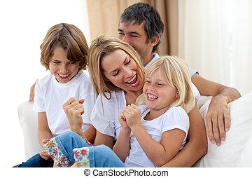 het glimlachen, hom, familie beeltenis