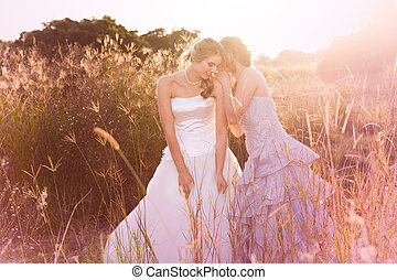 het glimlachen, jonge, bruid, het luisteren, om te, een, geheim
