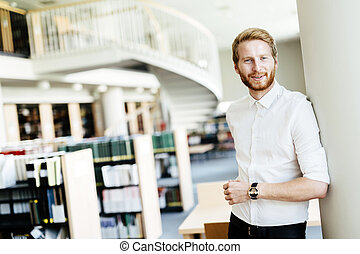 het glimlachen, student, bibliotheek, mooi