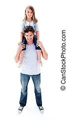 het glimlachen, vader, geven, zijn, dochter, ritje op de rug rit