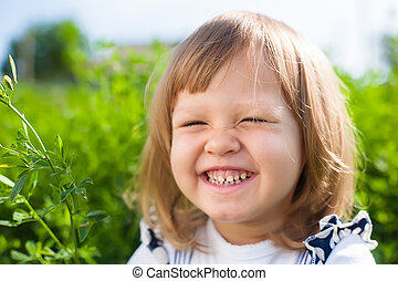het glimlachen van weinig meisje
